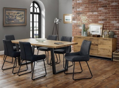 Brooklyn Oak Dining Table with 6 Soho Dining Chairs