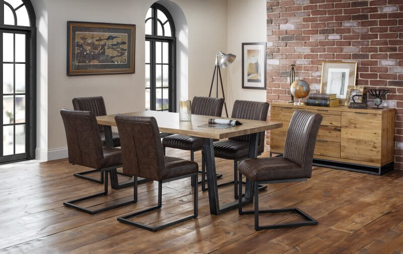 Brooklyn Oak Dining Table with 6 Dining Chairs