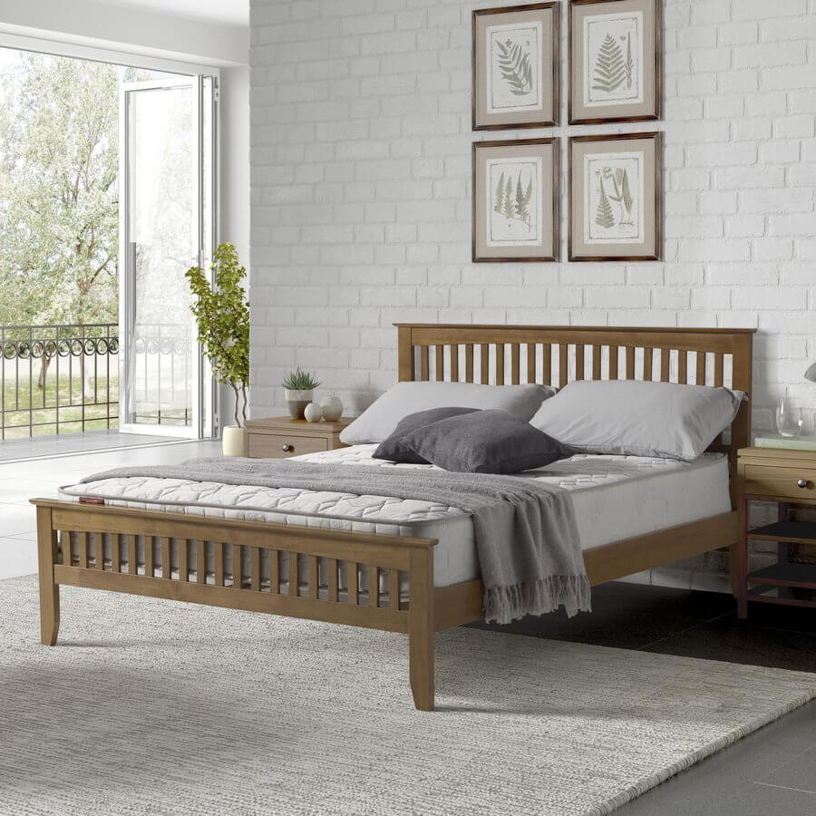 Sandhurst Oak Bed Frame - King-Size